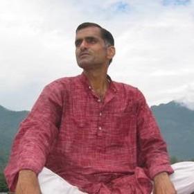 Milind Bhardwaj - Yogalehrer